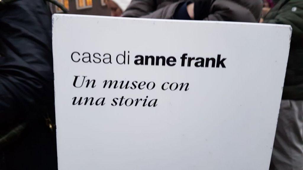 La casa di anna frank ad amsterdam un museo con una storia for Layout di una casa di una storia