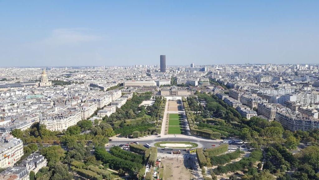 otto giorni a Parigi